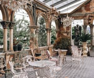 Những phong cách quán cafe có sân vườn đẹp và hút khách nhất