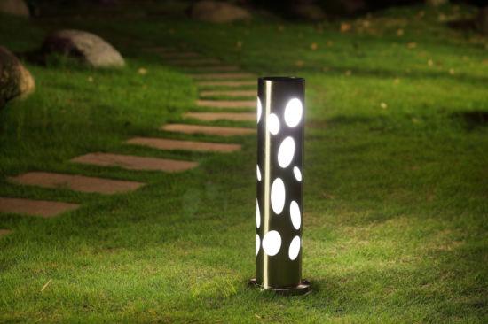 Đèn pha sân vườn