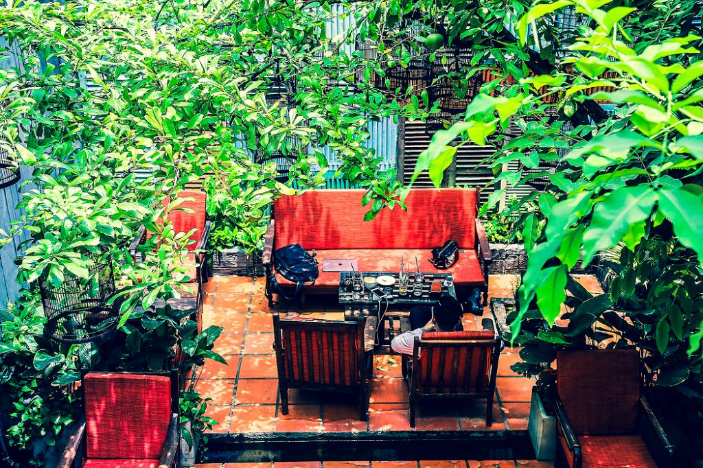 Lưu ý khi thiết kế quán cafe sân vườn