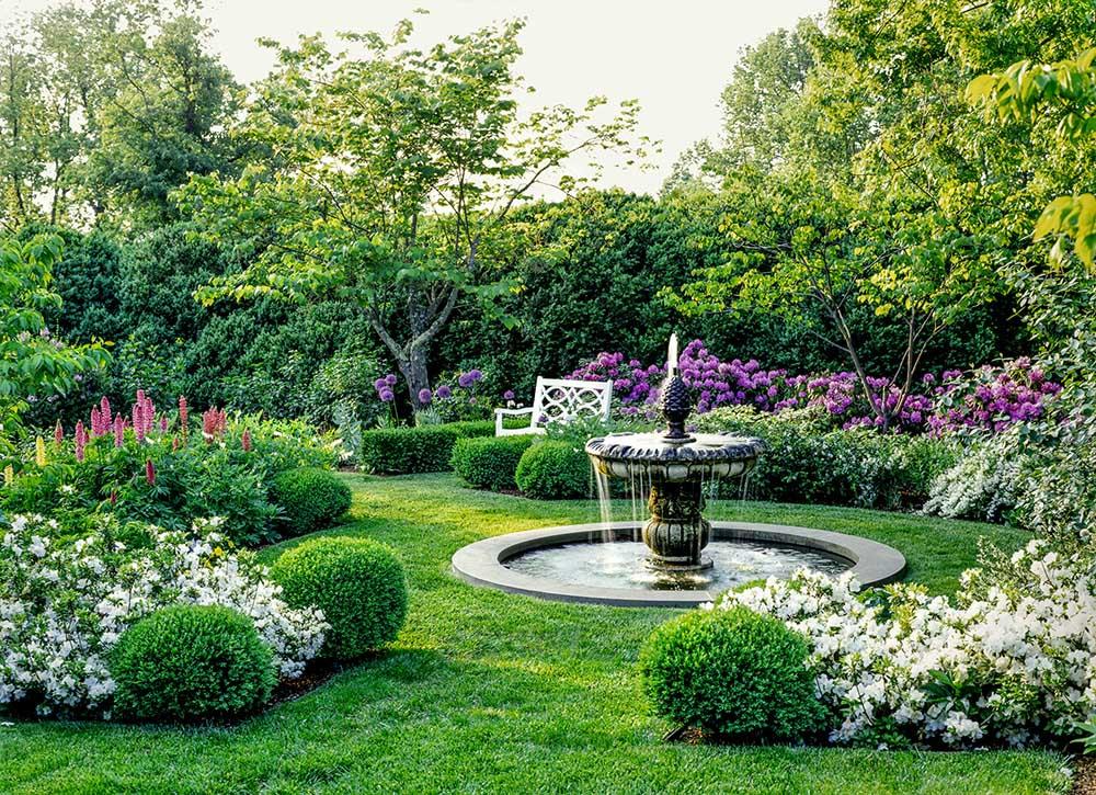 thiết kế sân vườn kiểu châu âu