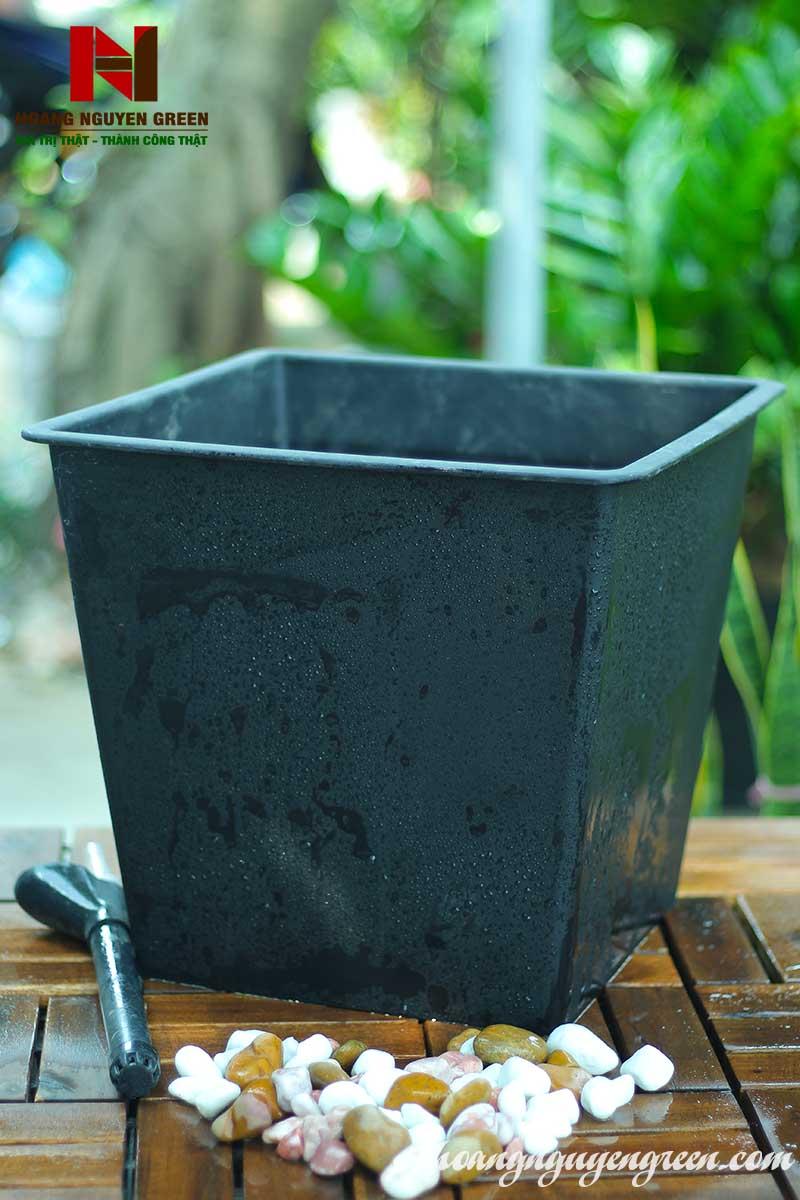 Chậu Nhựa Vuông Tự Tưới  D28 x H26